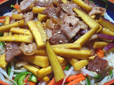 豚肉とさつまいもの炒め物
