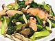 サケと小松菜の炒め物
