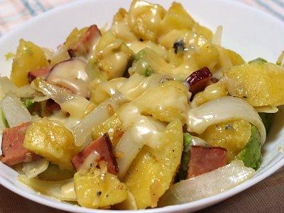 アボカドとジャガイモの炒め物 たっぷりチーズ
