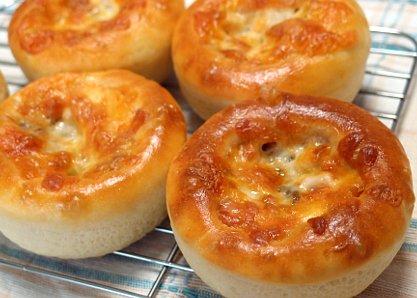 塩糀で旨味アップ 椎茸パン(しいたけパン)