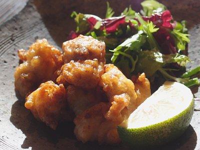 郷鉢:塩糀 冠地どり とり / 天野津若菜サラダ 糀ドレッシング