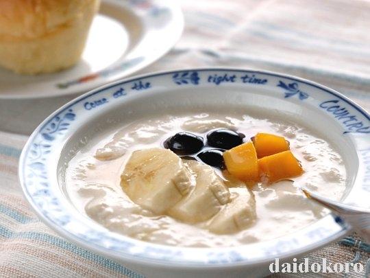 朝食に豆乳ヨーグルト